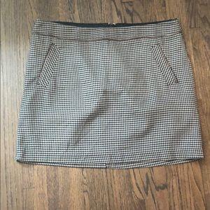 Tommy Hilfiger Houndstooth Skirt - Size 18